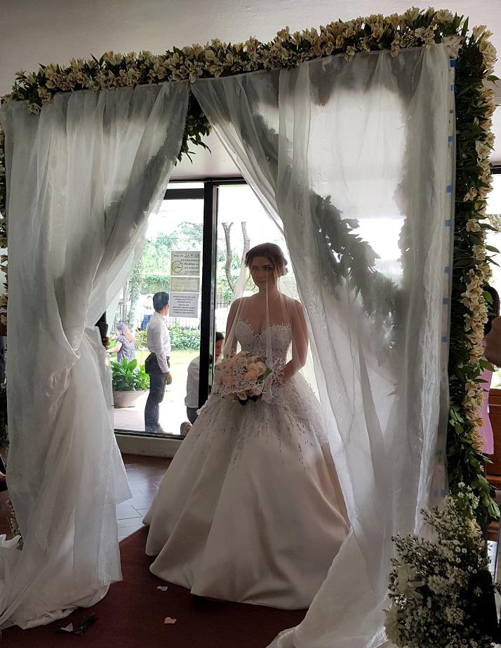 Stunning Bride - Nina